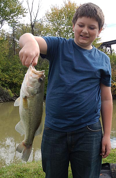 Largemouth bass for Cool math battle fish